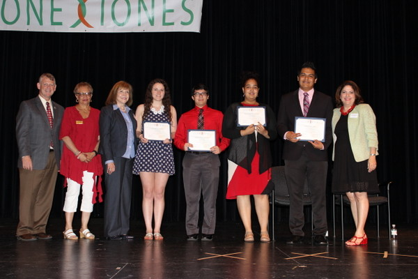 Top Award Winners at the 2015 Conexiones Awards